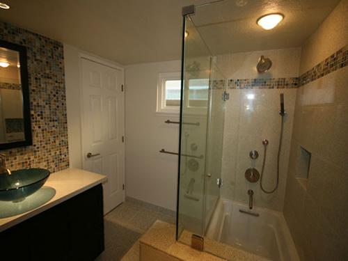 Bathroom 33